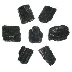 Turmaliin, must, lihvimata (1 tk)