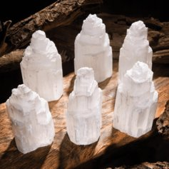 Selenite Tower (1 piece)